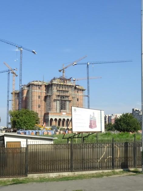 hier entsteht eine der größten orthodoxen Kathedralen